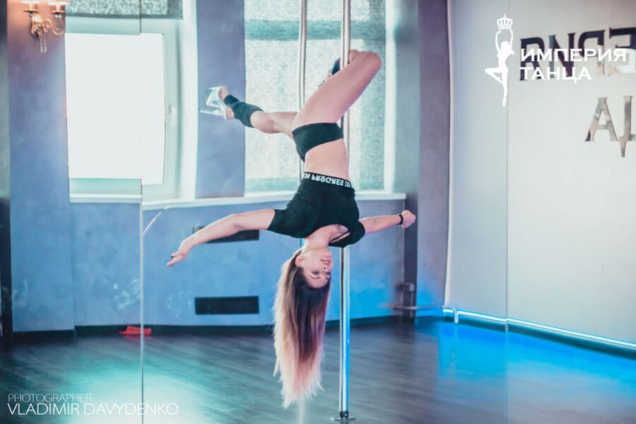 Exotic Pole Dance. Танец на пилоне.
